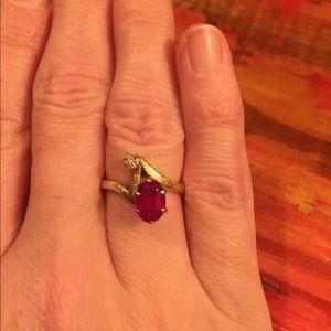 Jewelry - Vintage 14K Ruby & Old Mine Cut Diamond Ring